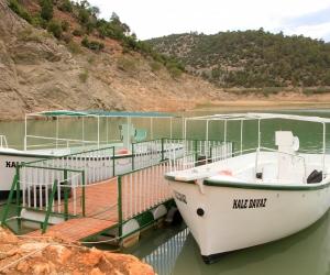 İnceğiz Kanyonu'muza 2.sini indirdiğimiz KALEDAVAZ Teknemizi suya indirdik.